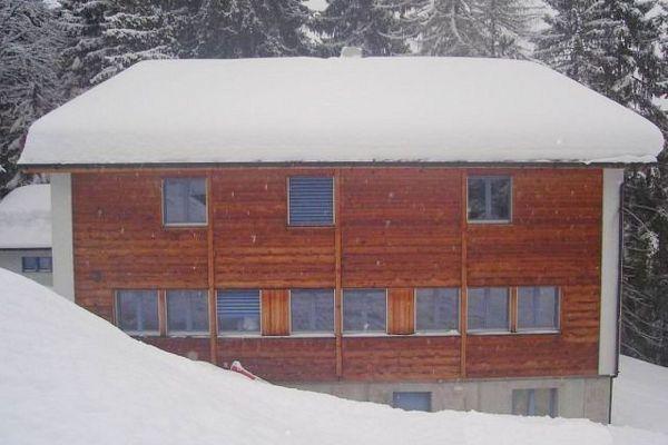 skihaus-skd-aussen-01EEB5F486-4D86-2F18-AE46-7BF65870C245.jpg