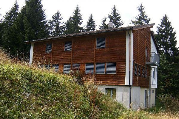 skihaus-skd-aussen-056A5A5861-42E4-F06F-3BB6-BAF6584B7C9F.jpg